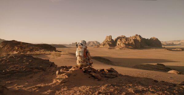 映画『オデッセイ』(2015)で登場する火星の地表 - Sputnik 日本