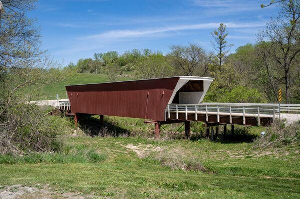 『マディソン郡の橋』のロケ地となった米アイオワ州マディソン郡にあるシーダー橋(カバードブリッジ、屋根付橋) - Sputnik 日本