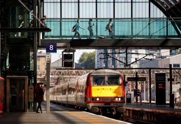 『ハリー・ポッターと死の秘宝』のロケ地となった英ロンドンのキングス・クロス駅 - Sputnik 日本
