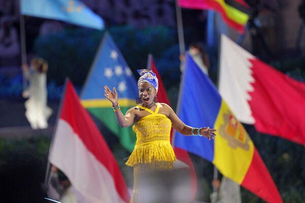 アラブ首長国連邦(UAE)・ドバイで開幕した万博のオープニングセレモニーでパフォーマンスを披露するアーティスト - Sputnik 日本
