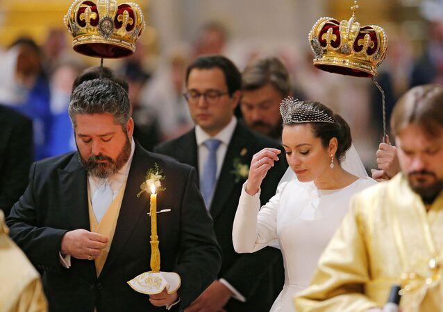 ペテルブルクで120年ぶり ロマノフ家後継者が挙式