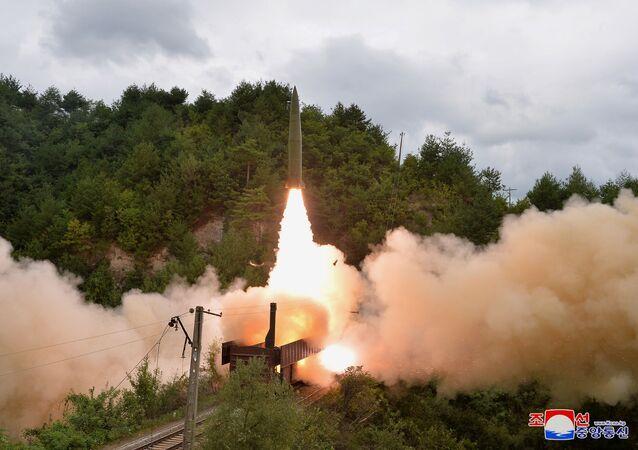 北朝鮮 ミサイル発射実験について会合を開いた国連安全保障理を非難