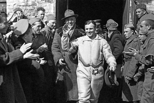 地球に帰還した世界初の宇宙飛行士、ユーリイ・ガガーリン氏(1961年4月12日) - Sputnik 日本