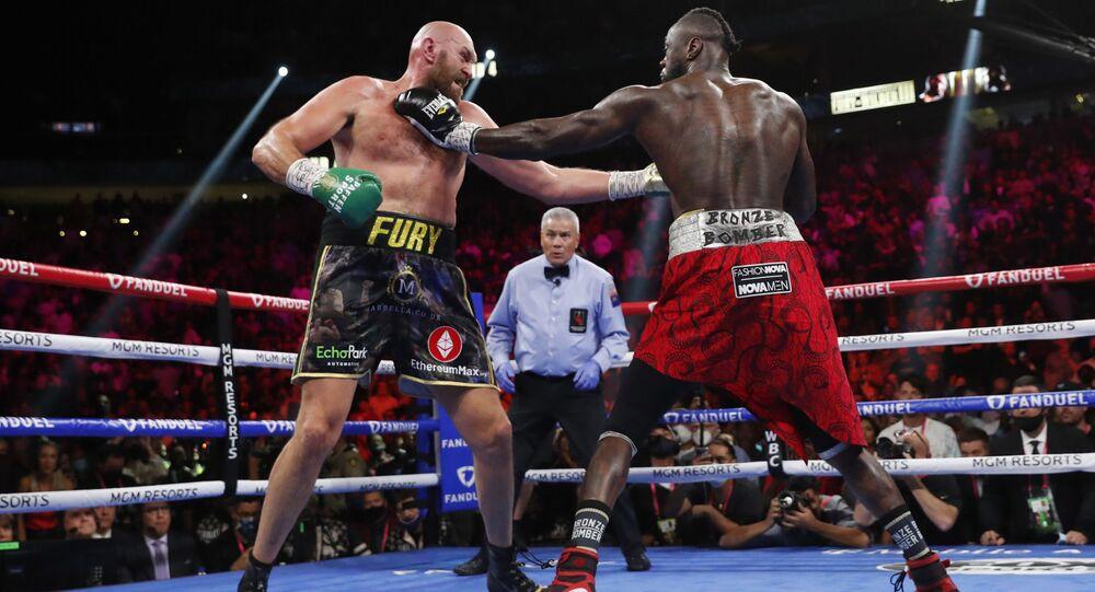 フューリー、対戦後のワイルダーの対応を「愚かだ」 WBCヘビー級タイトルマッチ