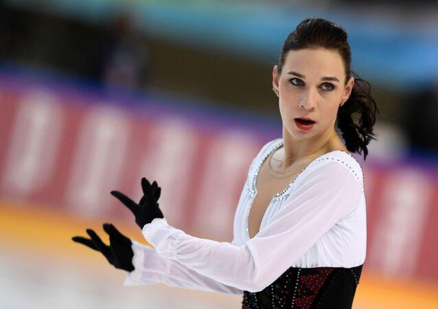 ロシアのフィギュアスケート選手、アリョーナ・レオノワが引退