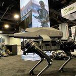 米国 アサルトライフル搭載の新ロボット犬がプレゼン