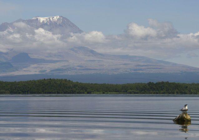 カムチャツカのシベルチ火山 噴煙7000メートル