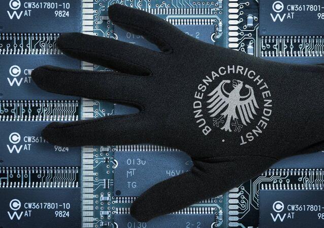 ドイツでNSAの依頼を受けたドイツ連邦情報局が誰を追跡していたかを明らかにする試み