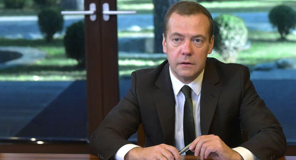 ロシア機スホイ24 トルコがISを守るのは驚くべきことではない-露首相