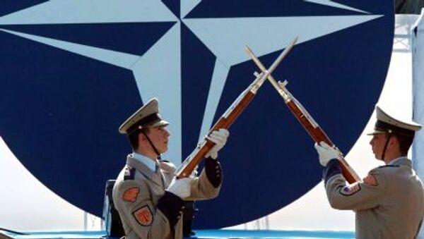 モンテネグロ 1年半後にNATO加盟国に - Sputnik 日本