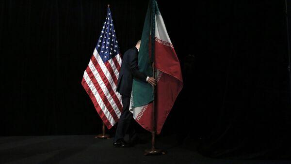 米国の旗とイランの旗 - Sputnik 日本
