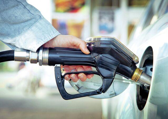 「ダーイシュ」が生産した燃料 ブルガリアのガソリンスタンドで見つかる