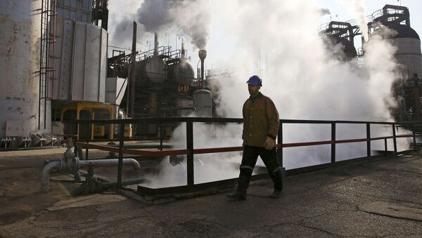 日本がイラン産原油の輸入を停止するかもしれないのは、米国が脅した結果=専門家 - Sputnik 日本