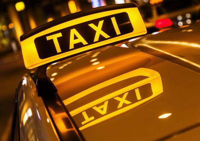 タクシー(アーカイブ写真)