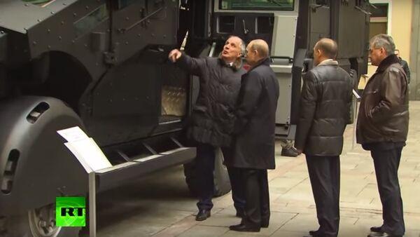 プーチン大統領、FSB特殊部隊向け新装甲車両を評価 - Sputnik 日本