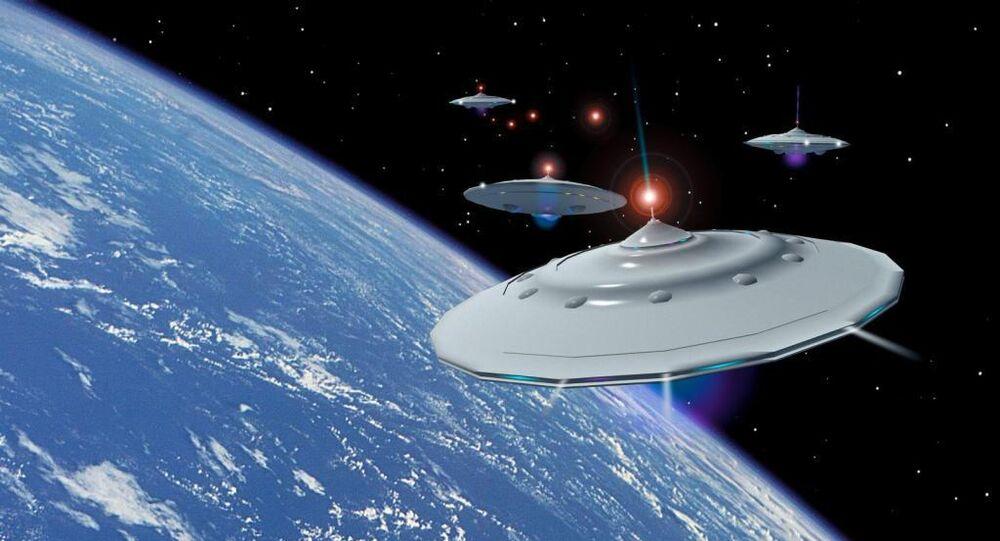 政府、UFO攻撃「検討せず」 答弁書を閣議決定