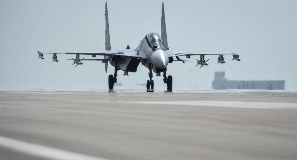ロシアの軍人 シリアでの空爆に関する米国のクレームに答える