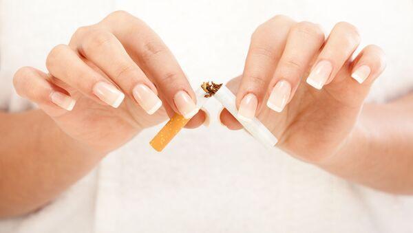 喫煙 - Sputnik 日本