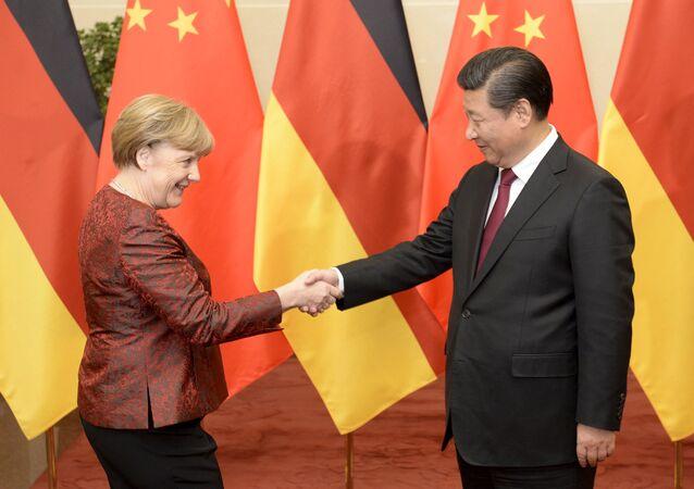 メルケル独首相と中国習国家主席 2015年