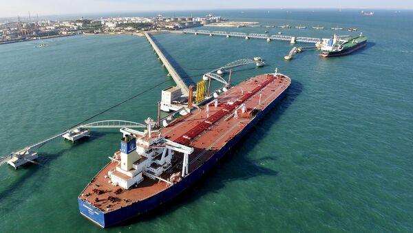 中国、2016年中に石油輸入量で米国を上回る可能性あり - Sputnik 日本