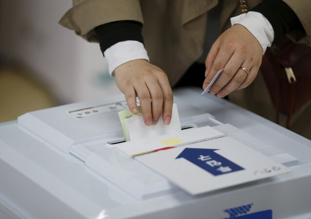 韓国与党、固定電話でぬか喜び