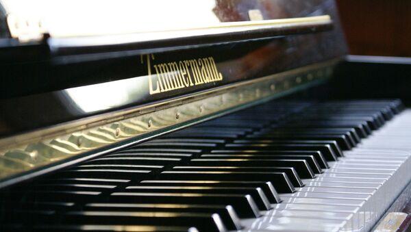 ピアノ - Sputnik 日本