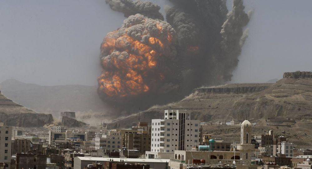 サウジアラビア、イエメンの居住区にクラスター爆弾を使用