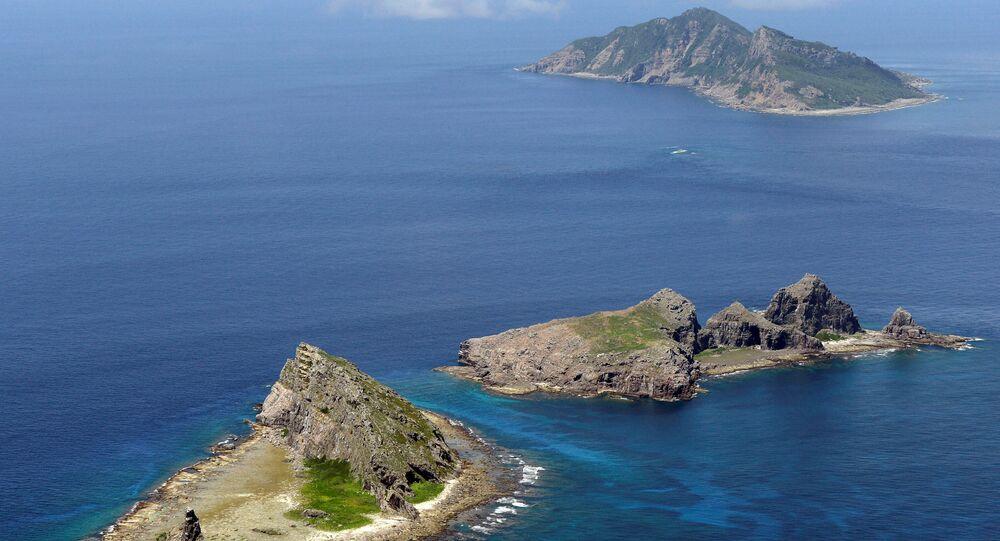尖閣諸島(アーカイブ写真)