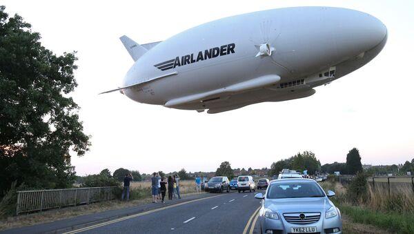 世界最大の飛行機「エアランダー10」 - Sputnik 日本