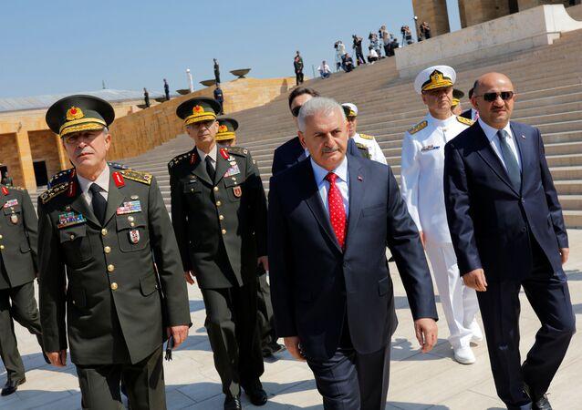トルコのビナリ・ユルドゥルム首相