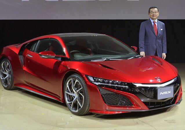 高級スーパーカー ホンダNSXの日本発売がスタート(写真)