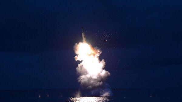 Испытания баллистической ракеты подводных лодок (БРПЛ) в Северной Корее - Sputnik 日本