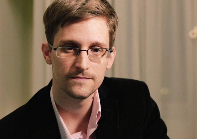 露大統領報道官、スノーデン氏引き渡しの報道を否定