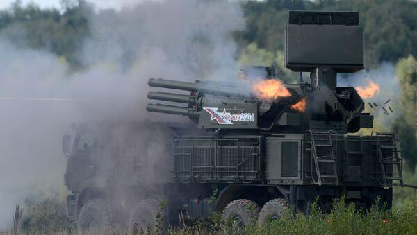 Зенитный ракетно-пушечный комплекс 96К6 Панцирь-С1 во время показательных учений на полигоне Алабино на международном военно-техническом форуме Армия-2016 - Sputnik 日本