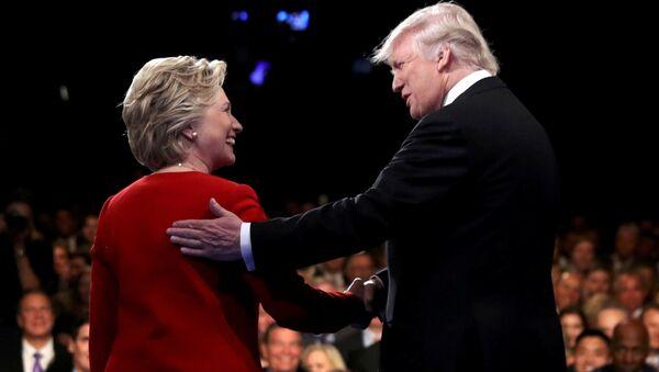 トランプ氏:クリントン氏がロシアに米ウランの20%「渡した」 - Sputnik 日本