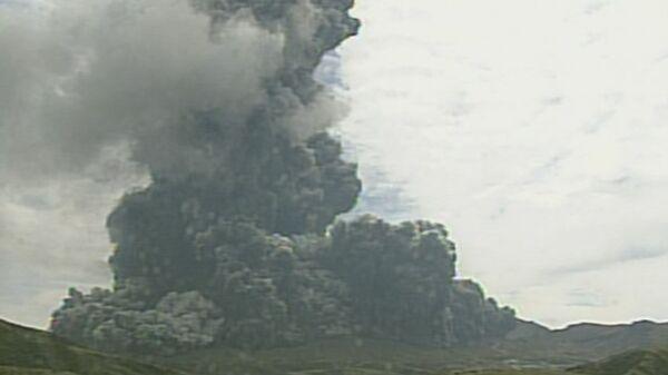 Извержение вулкана Асо в префектуре Кумамото в Японии - Sputnik 日本