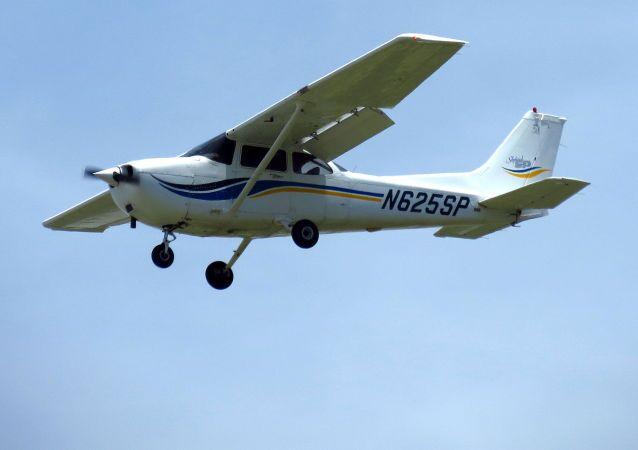 セスナ機 メキシコ北部で墜落