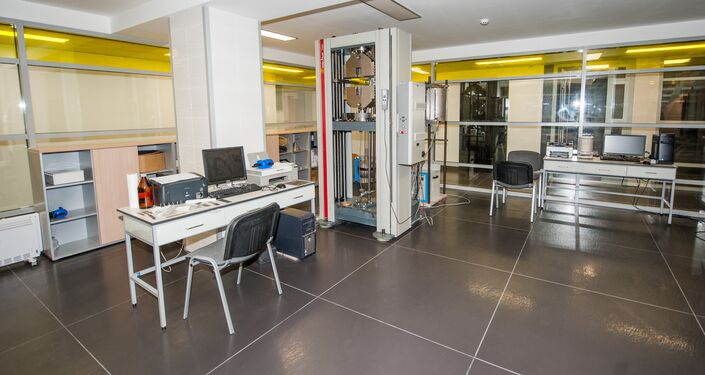 ロシア国立研究工科大学「MISiS」の研究室