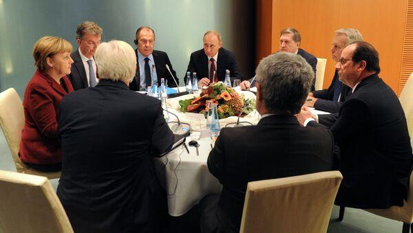 ロシア大統領報道官、ノルマンディー4か国首脳が何語で話しているかを語る - Sputnik 日本