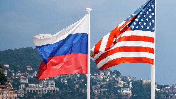 ロシアと米国の旗 - Sputnik 日本