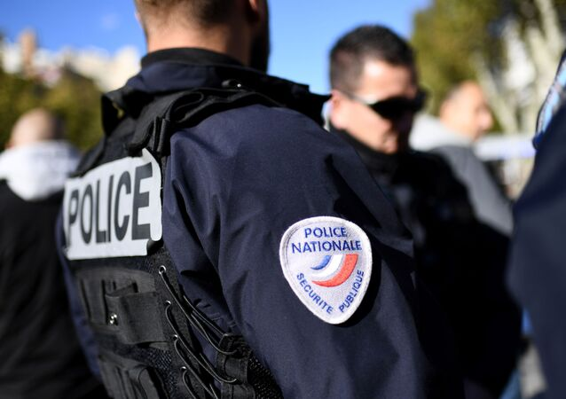 フランス南東で発砲 6人負傷