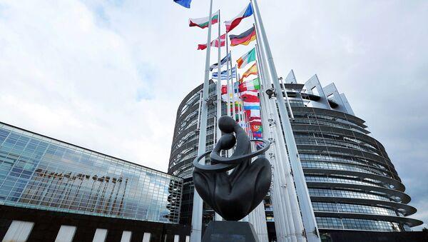 欧州議会、英国の合意なき離脱に備えるようEUに呼びかける - Sputnik 日本