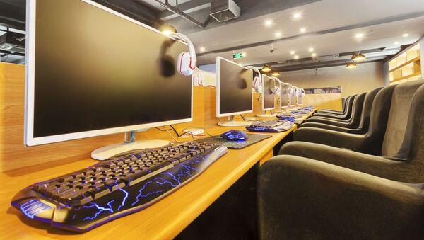 インターネットカフェ(アカイーブ写真) - Sputnik 日本