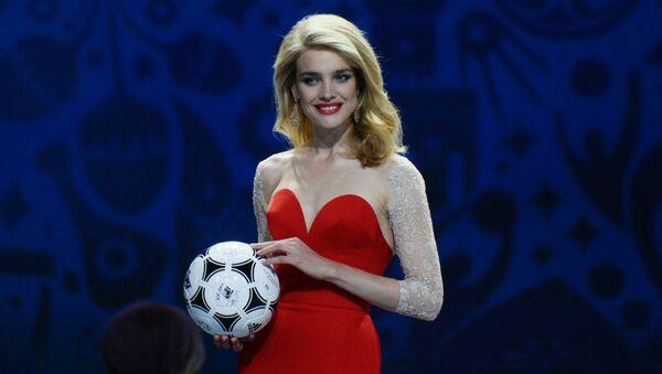 露トップモデルのナタリヤ・ヴォジャノワ、サッカーW杯ロシア大会に100万ルーブル寄付へ - Sputnik 日本
