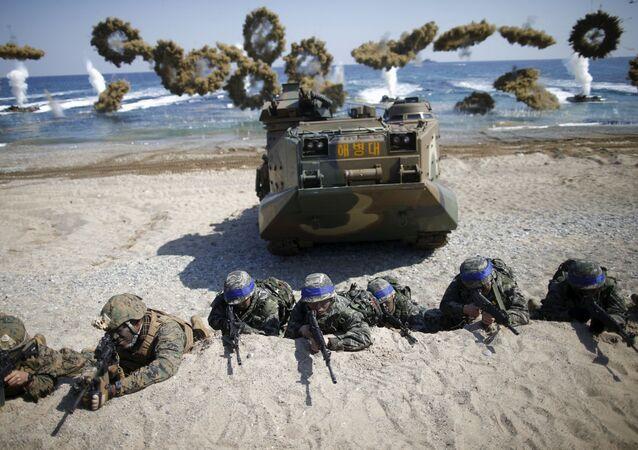 米韓軍事演習の再開も 「これ以上中止する予定はない」とマティス米国防長官