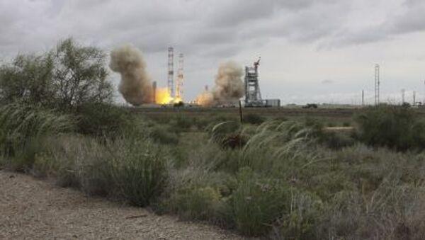 「プロトンM」打ち上げ失敗 可能性のある原因:人材、製造、妨害行為 - Sputnik 日本