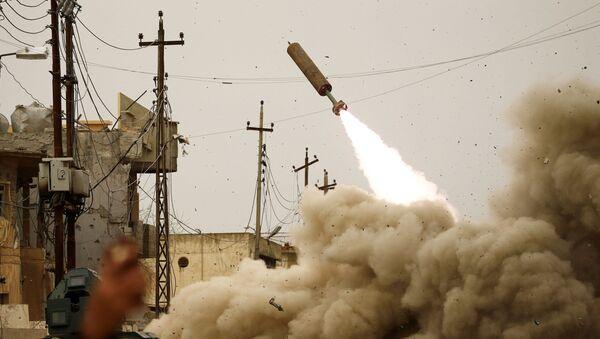 モスル米空爆 「ダーイシュ(IS)」が爆発物、被害拡大 市民105人犠牲 - Sputnik 日本