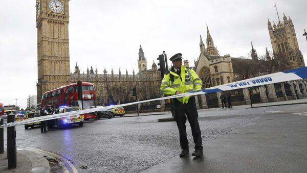 ロンドンテロ事件の犠牲者は3人、20人負傷 - Sputnik 日本