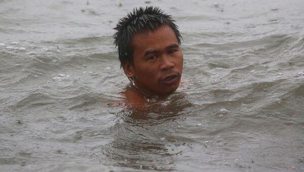 フィリピン人漁師、漂流58日間後、日本漁船に救出 - Sputnik 日本