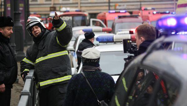 緊急事態庁が爆発の起きた「センナヤ広場」で活動 - Sputnik 日本